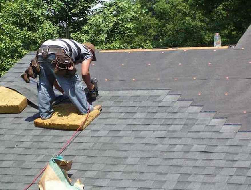 Genteng Metal Untuk Konstruksi Atap Bangunan Gedung