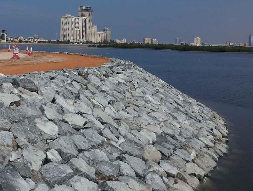 Mengenal Revetmet Konstruksi Pelindung Pantai